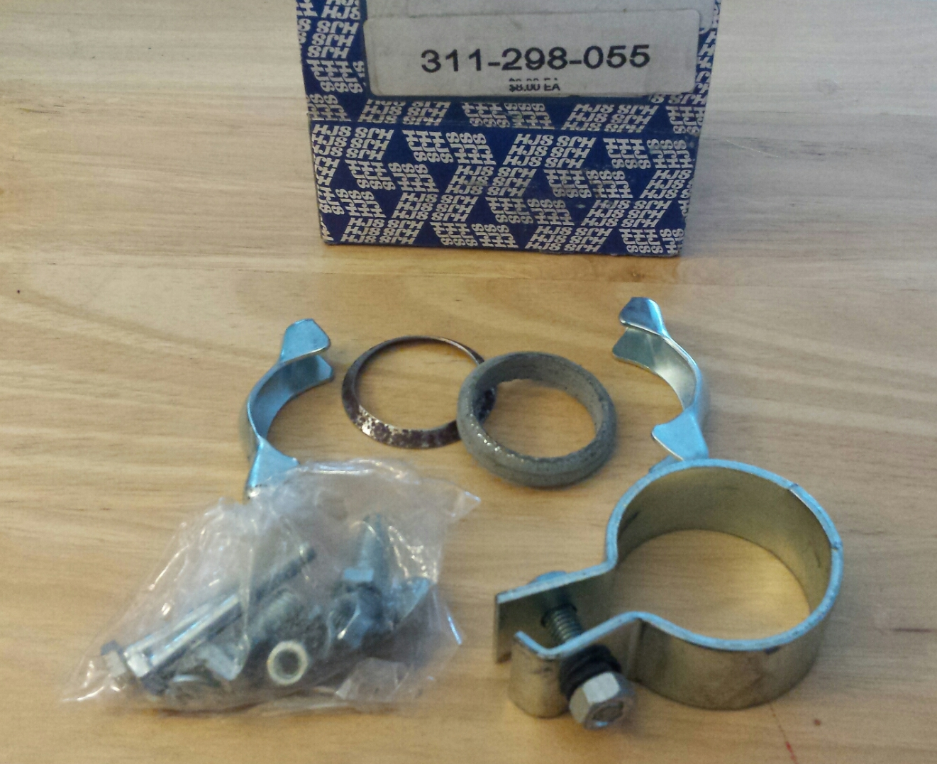 311-298-055 Type 3 Tailpipe Mounting Kit